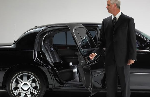 5 Reasons Shuttles Are Good For Business