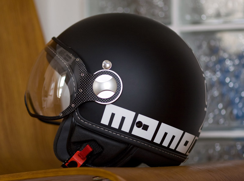 3 Best High-End Helmet Brands