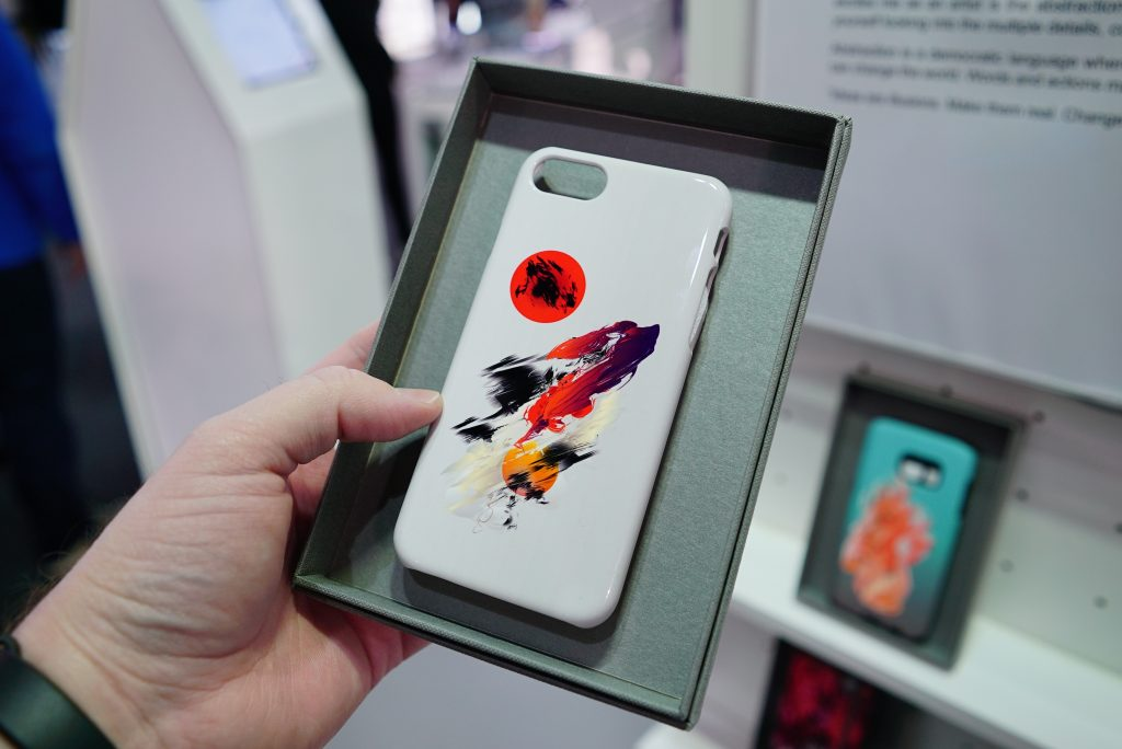 Top 4 Tips To Select The Best Customized Mobile Cases
