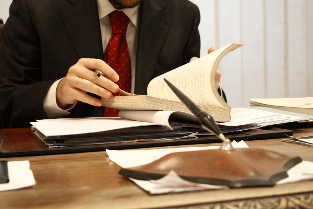 Criminal-Defense-Lawyer.jpg (1000×667)