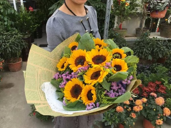 Do You Need Reasons To Send Flowers? Here Are Some!