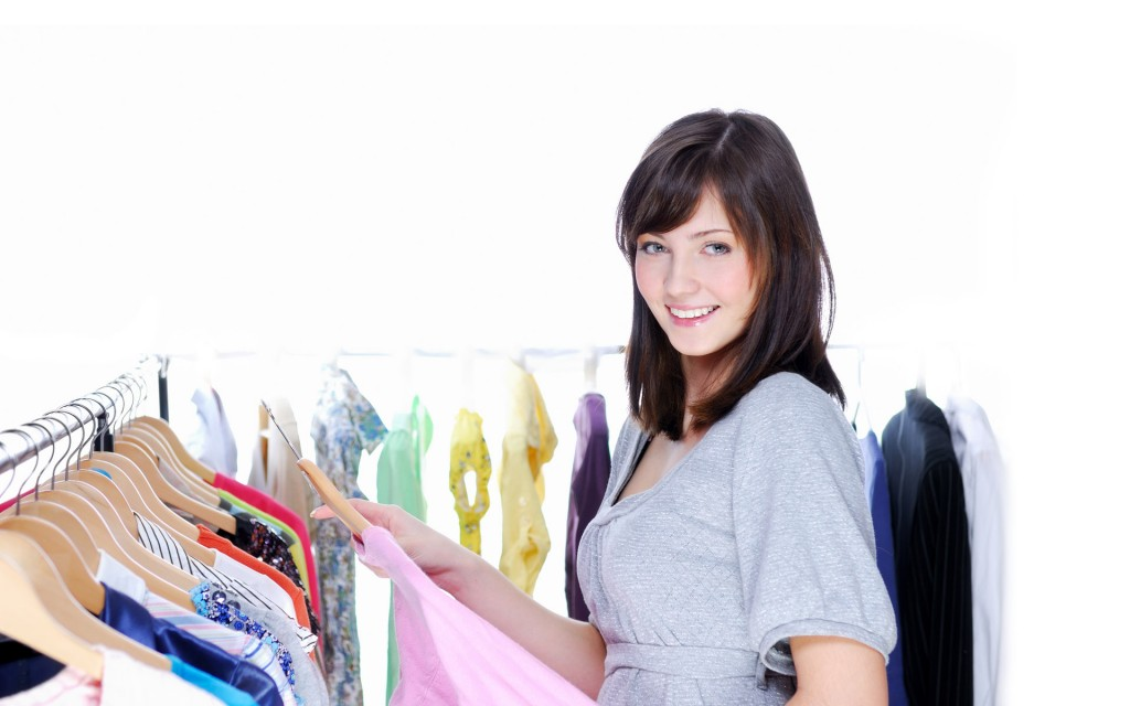Wholesale Clothing – An Ideal Option To Transform One's Style Statement