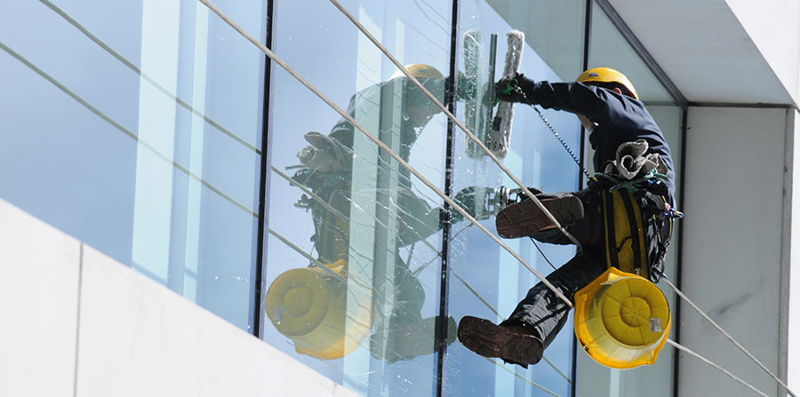 Select The Best Office Window Cleaners With These Tips