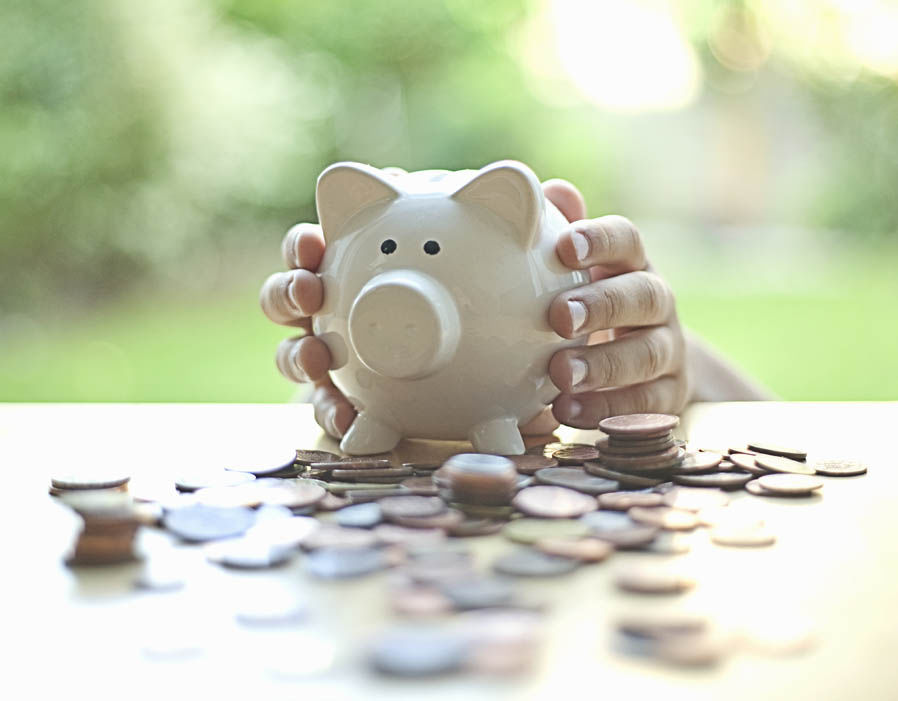 Money Saving Hacks That Will Weave Its Way into Your Life