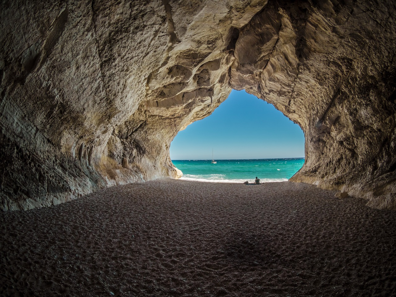Top 5 Most Spectacular Beaches In Italy