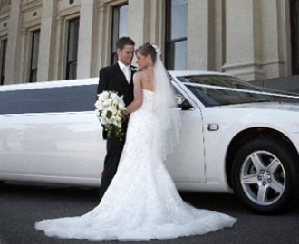 5 Mistakes To Avoid When Hiring A Limo Service For Your Wedding Day