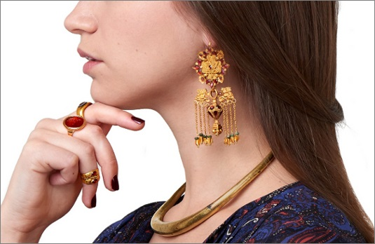 Come and See The Great Ancient Jewelries In Sadigh Gallery