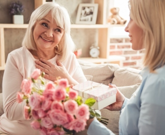 How You Can Make Every Occasion Joyous With The Gift Of Flowers