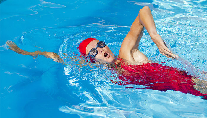 Manage Pain With The Help Of Brandon Drawz Swimming
