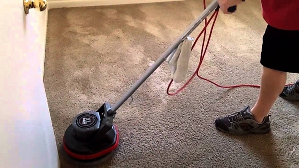What's The Difference Between Carpet Bonnet Cleaning And Carpet Extraction Cleaning?